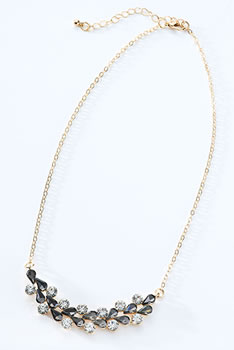 Collier ras-de-cou brillant